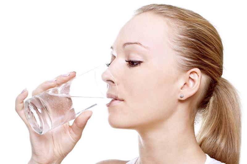 Uống nước chống lão hóa da