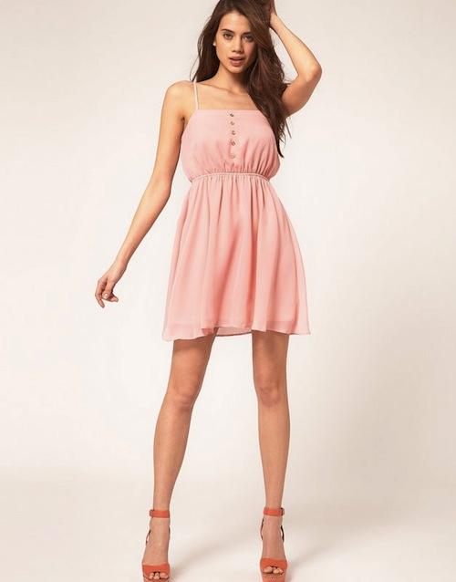 Váy Tone màu pastel cho quý cô da ngăm