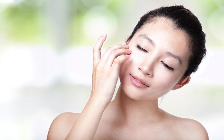 Tổng hợp những cách tẩy tế bào chết cho da mặt nhờn siêu đơn giản