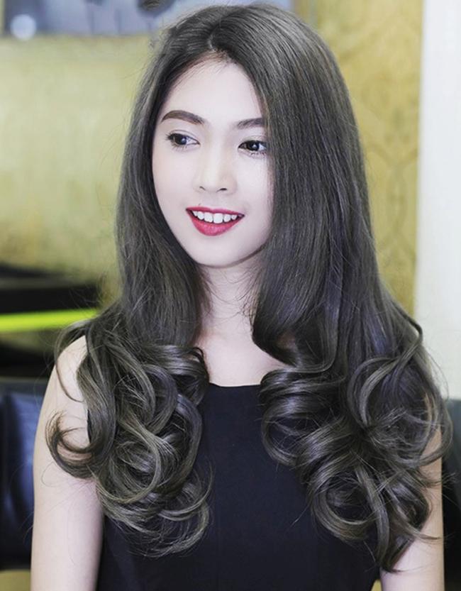 tóc màu khói đen