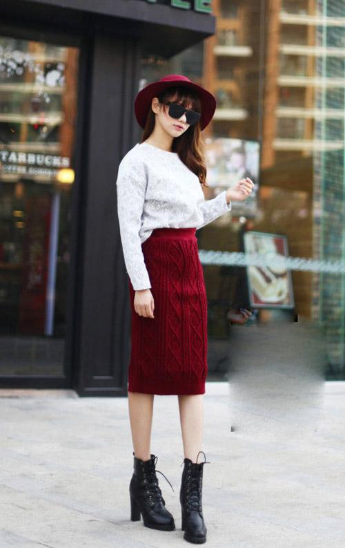 Áo len thun mỏng cũng là gợi ý mix cùng chân váy len