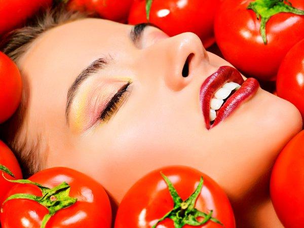 Mặt nạ cà chua làm đẹp và đánh bay nám da