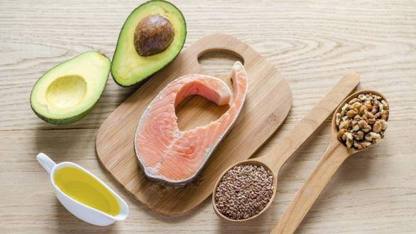 Bổ sung các loại chất béo bão hòa cho cơ thể.